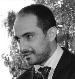 L'autore | Ing. Vittorio Mottola Laureato in ingegneria edile, libero professionista e imprenditore edile, consulente software tecnico.