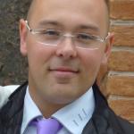 Ing. Ennio Casagrande | Libero professionista e autore di diverse pubblicazioni, si occupa di progettazione strutturale, rischio sismico e cantieristica e collabora attivamente con la società Casagrande Costruzioni Edili.