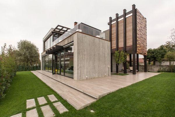 Una residenza unifamiliare realizzata secondo un progetto for Progetti di case ranch contemporanee
