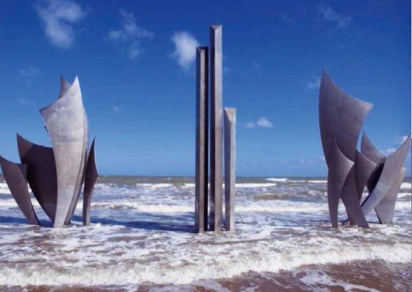 Monumento «To those brave men», Omaha Beach. © Industeel
