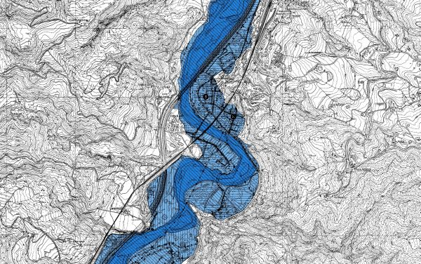 Mappa della pericolosità e degli elementi esposti per un tratto del torrente Setta. La mappa è un elemento indispensabile per definire il Piano di gestione rischio di alluvioni. Le tonalità di azzurro evidenziano i tre differenti livelli di pericolosità (Servizio Difesa del suolo, della costa e bonifica dell'Emilia-Romagna).