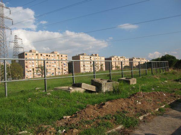 L'esito della realizzazione del piano di zona di alcuni anni fa nel quartiere San Basilio.