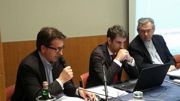 Gli interventi del sindaco di Langhirano (Parma) Giordano Bricoli e dell'assessore all'Urbanistica del Comune di Lecce Minossi.