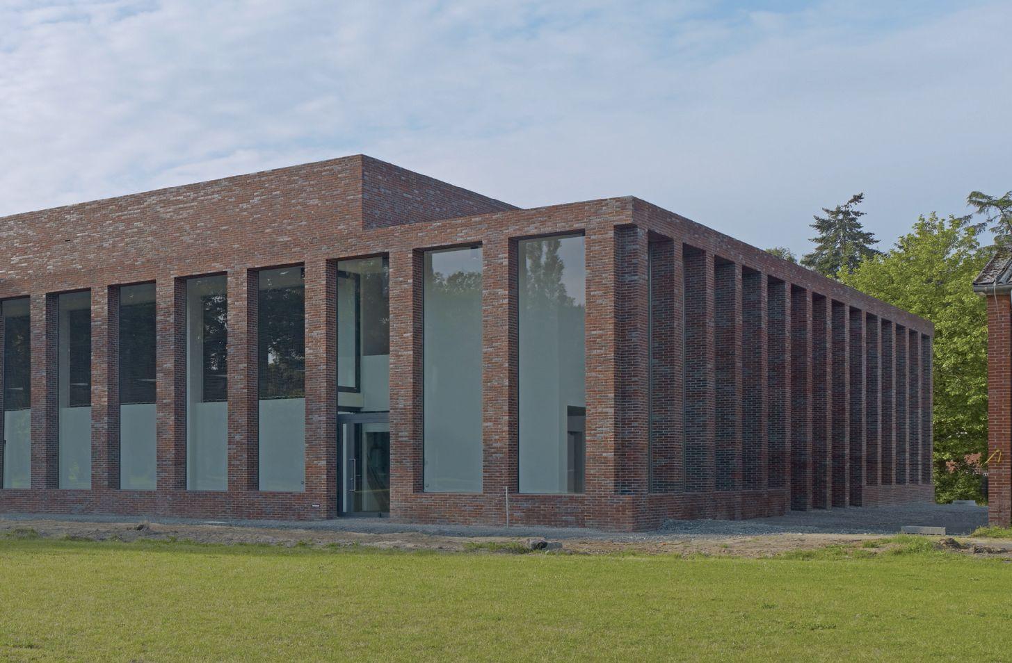Vista del Centro Sportivo dalla strada.