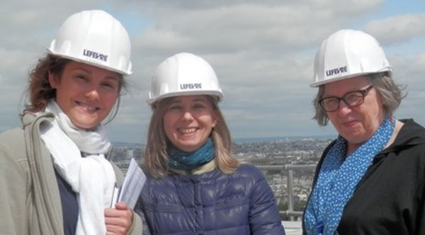 Da sinistra ing. Solène Dussaud, responsabile del cantiere, arch. Catherine Lefeu, amministrazione e arch. Yolande Gaior Responsabile del procedimento per il Centre des Monuments nationaux.