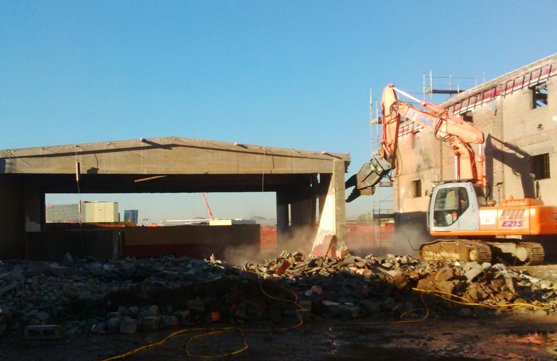 Recuperare materiali di demolizioni e rifiuti per for Materiali da costruzione economici