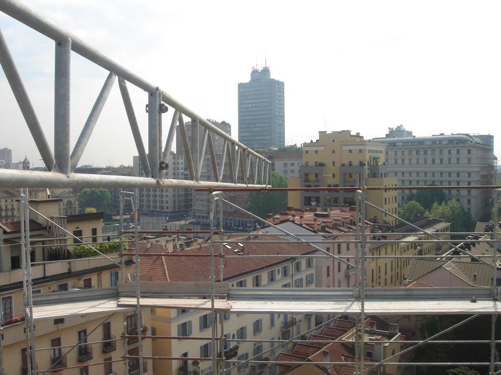 Generali Real estate, edificio in fase di valorizzazione, via Vespucci a Milano.