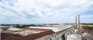 Il polo produttivo di Pisa rilanciato nel 2001 con un investimento complessivo di 90 milioni di euro per la produzione di vetro ad alte prestazioni.