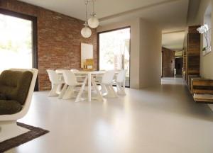 Weber.Floor è un rivestimento autolivellante cementizio colorato di finitura a rapida essiccazione, pompabile.