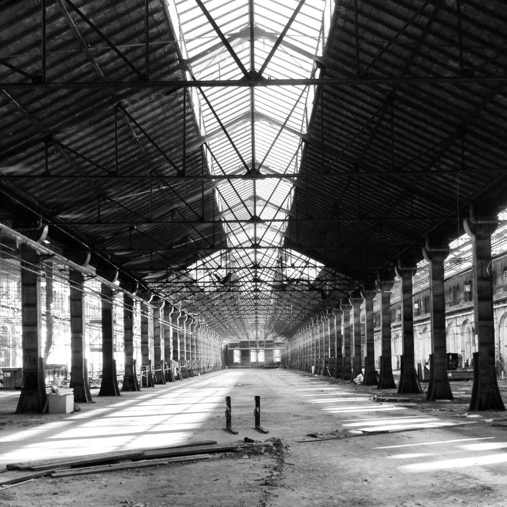 © Daniele Ratti e Michele D'Ottavio | Immagini dei corpi di fabbrica delle ex Ogr: entrambe le Maniche sono lunghe 183 metri e larghe 48.