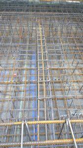 1. Tipico esempio di problematiche di cantiere dovute alla non perfetta connessione tra normativa nel settore strutturale ed effettiva applicabilità in cantiere.